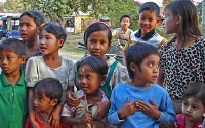 ကလေးတွေကိုကုသတဲ့ ဖောင်ဒေးရှင်း – Heal Kids Foundation